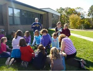 Students working in the Creekside Garden